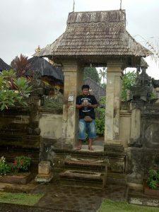 ciri khas banguan depan rumah desa adat penglipuran