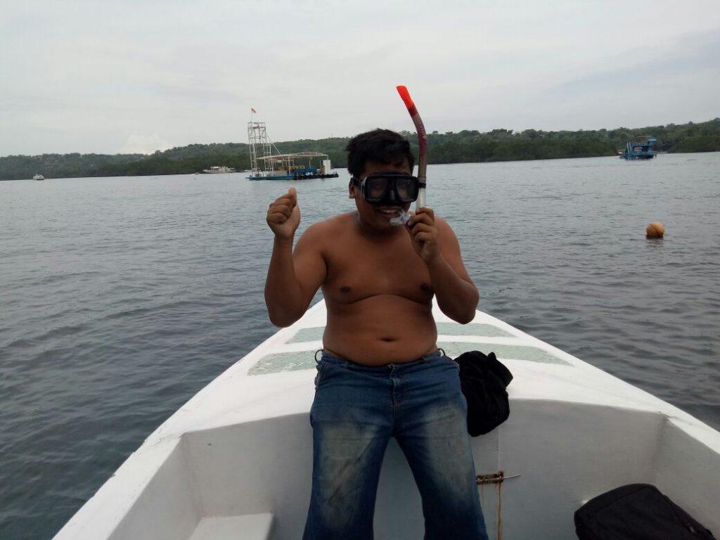 snorkeling di budha temple nusa penida